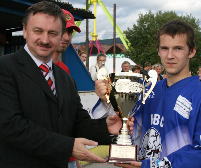 hokejbal-pohar-primatora-2008-72.jpg