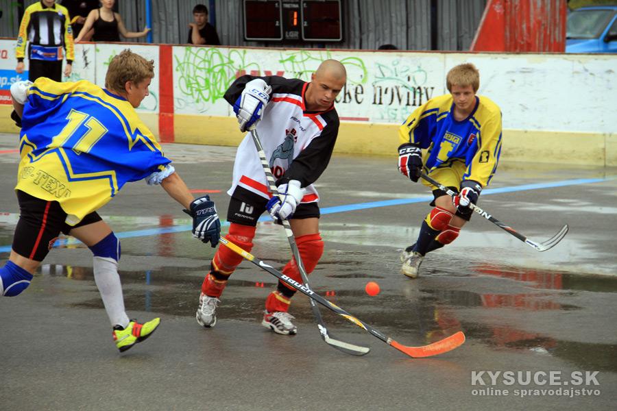 hokejbalovy-turnaj-2012-cadca-08-1.jpg