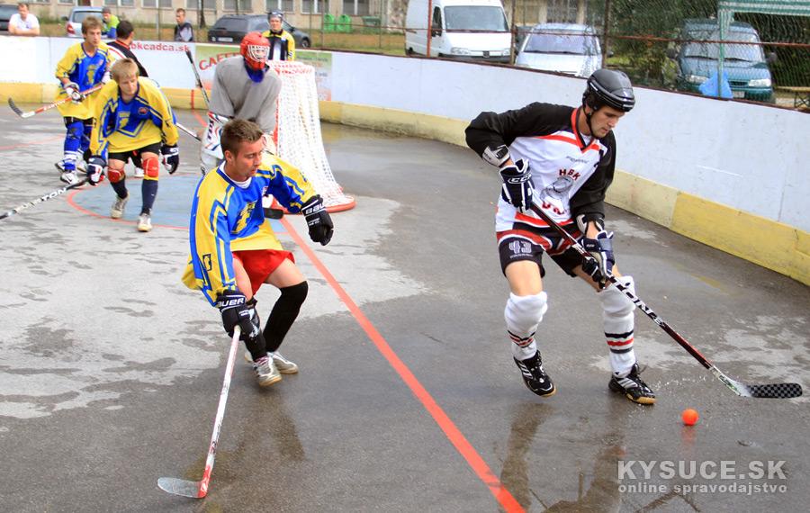 hokejbalovy-turnaj-2012-cadca-08-13.jpg