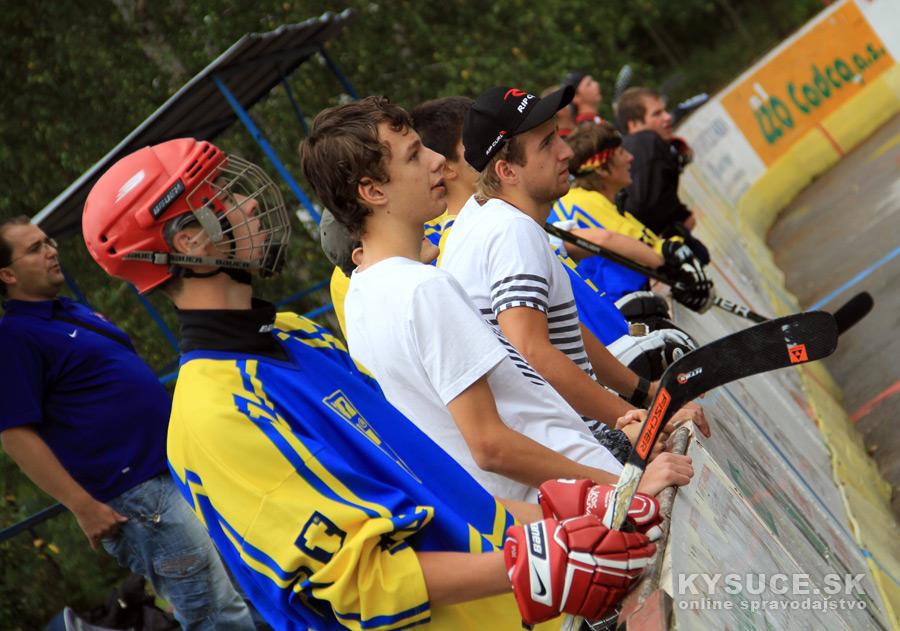 hokejbalovy-turnaj-2012-cadca-08-15.jpg