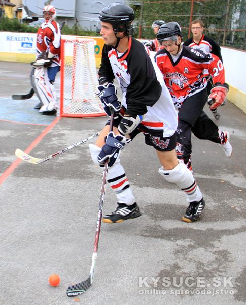 hokejbalovy-turnaj-2012-cadca-08-16.jpg