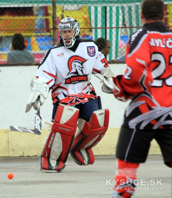 hokejbalovy-turnaj-2012-cadca-08-23.jpg