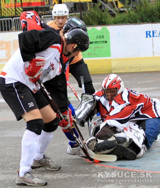 hokejbalovy-turnaj-2012-cadca-08-25.jpg
