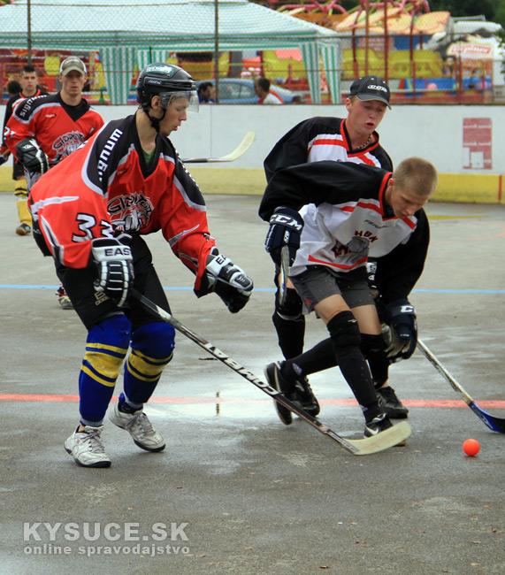 hokejbalovy-turnaj-2012-cadca-08-32.jpg