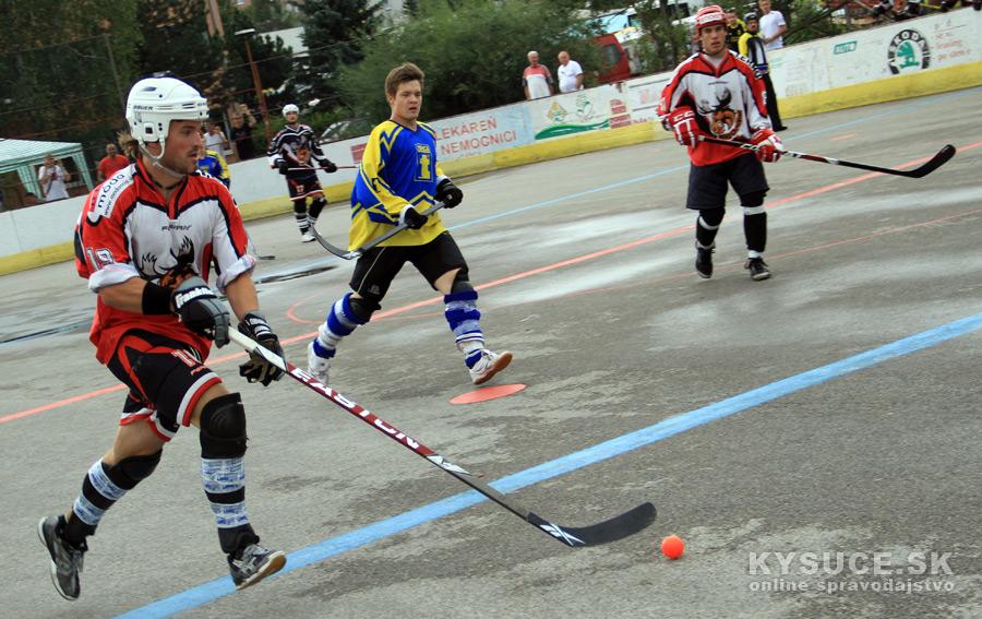 hokejbalovy-turnaj-2012-cadca-08-35.jpg