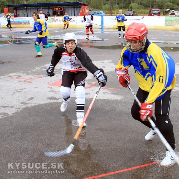 hokejbalovy-turnaj-2012-cadca-08-4.jpg