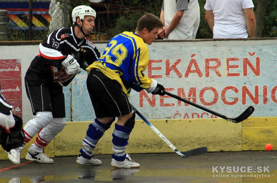 hokejbalovy-turnaj-2012-cadca-08-43.jpg