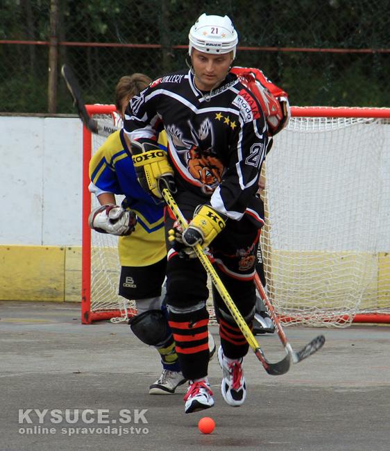 hokejbalovy-turnaj-2012-cadca-08-51.jpg