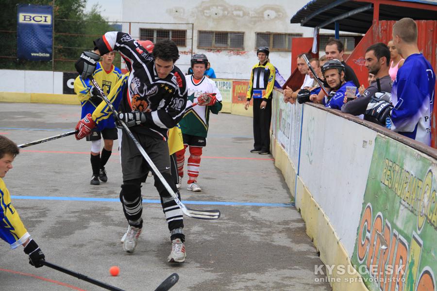 hokejbalovy-turnaj-2012-cadca-08-53.jpg