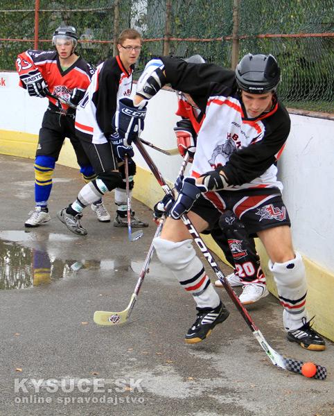 hokejbalovy-turnaj-2012-cadca-08-7.jpg