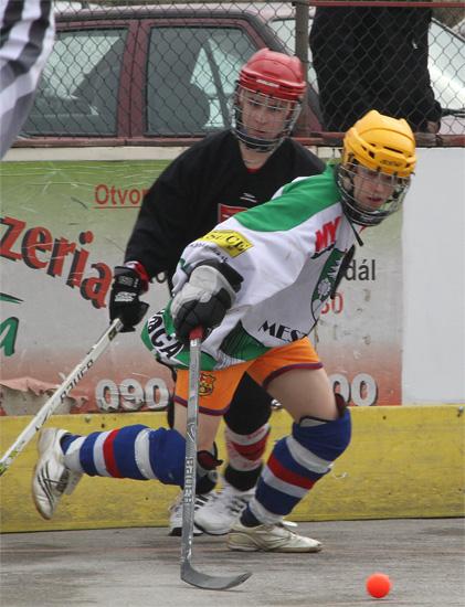 hokejbalovy-turnaj-cadca-2011-3-12.jpg