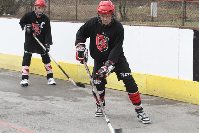 hokejbalovy-turnaj-cadca-2011-3-17.jpg