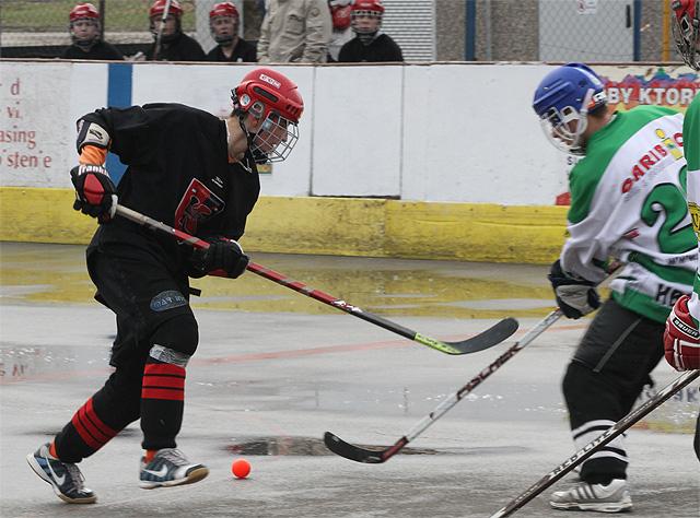 hokejbalovy-turnaj-cadca-2011-3-22.jpg