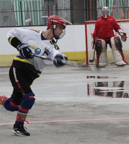 hokejbalovy-turnaj-cadca-2011-3-28.jpg