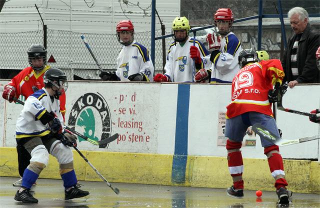 hokejbalovy-turnaj-cadca-2011-3-34.jpg