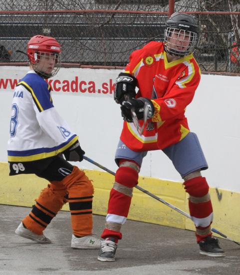 hokejbalovy-turnaj-cadca-2011-3-43.jpg