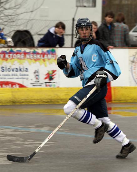 hokejbalovy-turnaj-cadca-2011-3-59.jpg