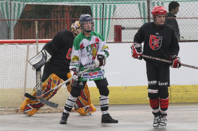 hokejbalovy-turnaj-cadca-2011-3-9.jpg