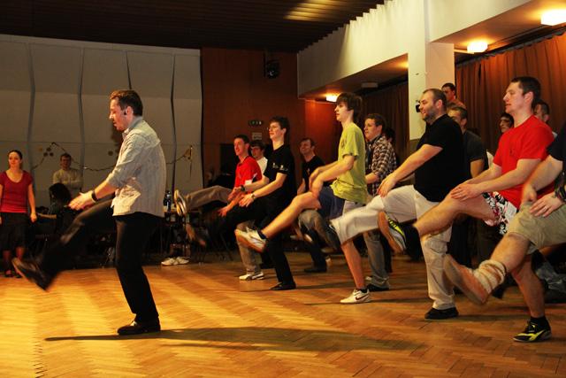 ii-tanecny-dom-na-kysuciach-2011-10.jpg