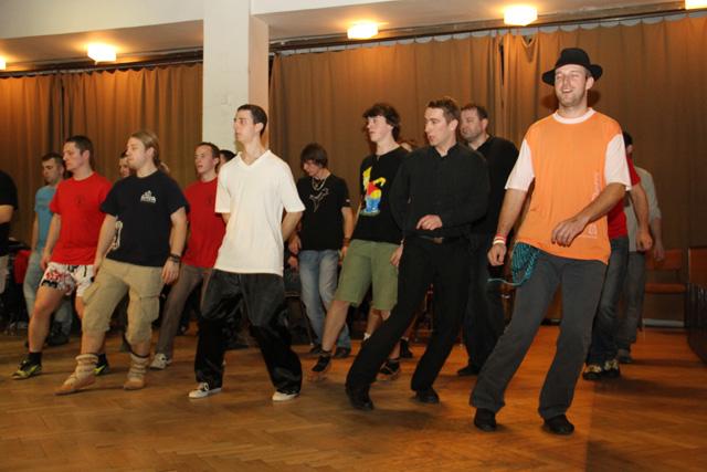 ii-tanecny-dom-na-kysuciach-2011-11.jpg