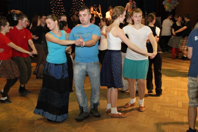 ii-tanecny-dom-na-kysuciach-2011-13.jpg