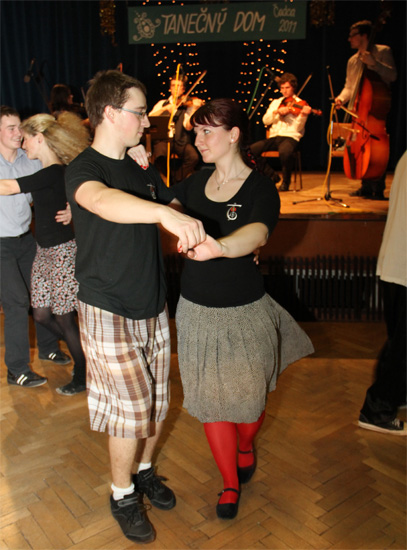 ii-tanecny-dom-na-kysuciach-2011-22.jpg