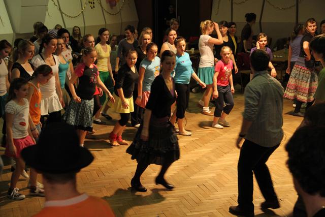 ii-tanecny-dom-na-kysuciach-2011-35.jpg