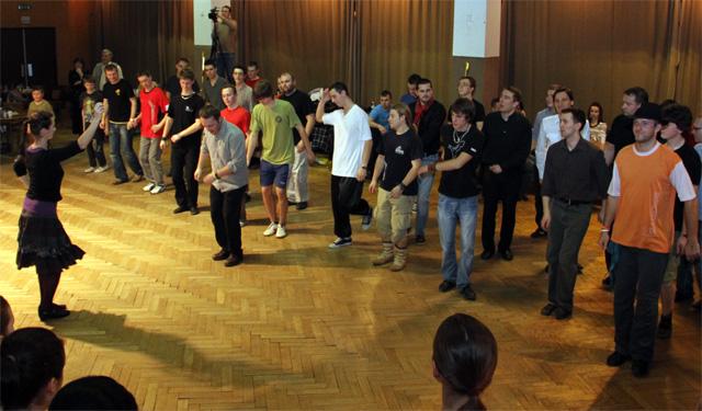 ii-tanecny-dom-na-kysuciach-2011-42.jpg