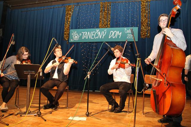 ii-tanecny-dom-na-kysuciach-2011-5.jpg