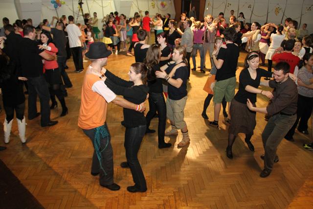 ii-tanecny-dom-na-kysuciach-2011-6.jpg