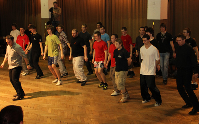 ii-tanecny-dom-na-kysuciach-2011-9.jpg