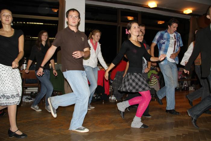 iii-tanecny-dom-na-kysuciach-2011-2.jpg