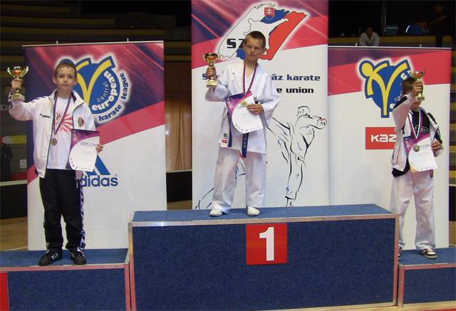 karate-klub-zzo-cadca-2011-6-2.jpg