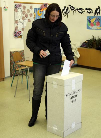 komunalene-volby-cadca-2010-4.jpg