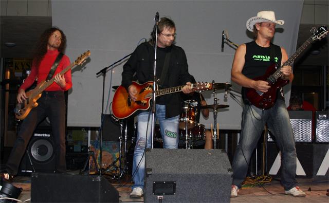 koncert-skupiny-metalinda-2010-5.jpg