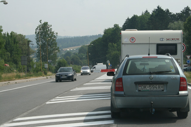 kruhovy-objazd-knm-2008-6.jpg