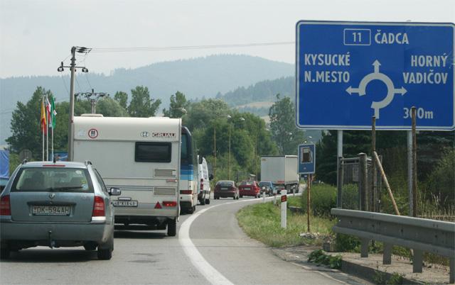 kruhovy-objazd-knm-2008-7.jpg