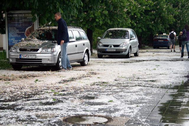 krupobitie-zilina-2009-06.jpg