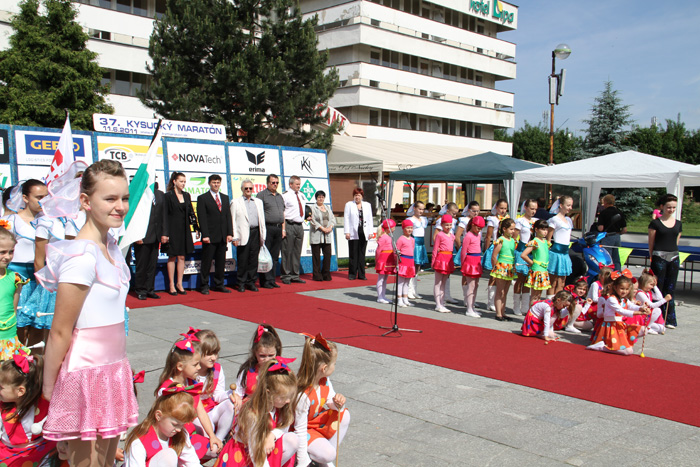 kysucky-maraton-37-rocnik-2011-cadca-sh-21.jpg