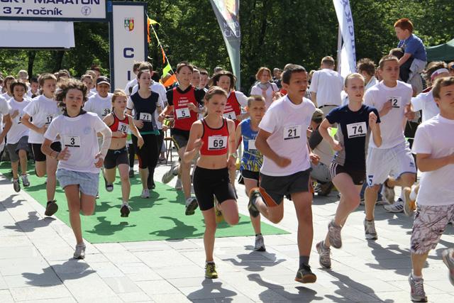 kysucky-maraton-37-rocnik-2011-cadca-sh-30.jpg