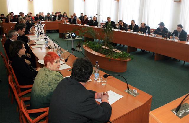 mestske-zastupitelstvo-cadca-2009-02-1.jpg