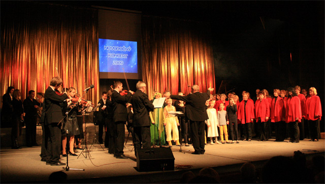 novorocny-trojkralovy-koncert-2009-36.jpg