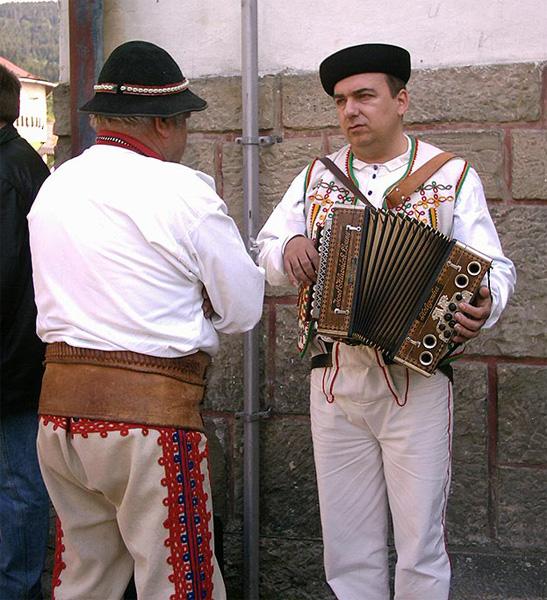 oscadnicka-heligonka-2004-10.jpg