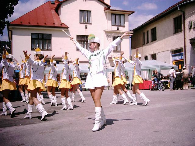 oscadnicka-heligonka-2004-2.jpg