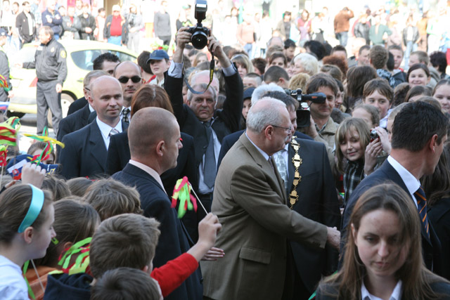 preziden-ivan-gasparovic-v-cadci-2009-16.jpg