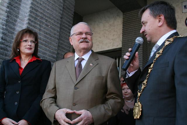 preziden-ivan-gasparovic-v-cadci-2009-20.jpg