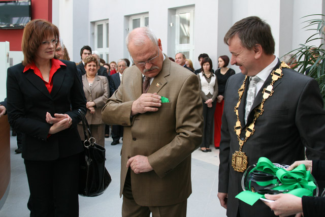 preziden-ivan-gasparovic-v-cadci-2009-44.jpg