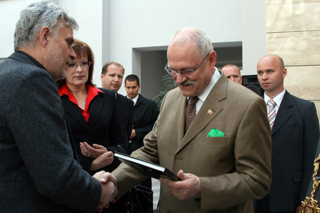 preziden-ivan-gasparovic-v-cadci-2009-45.jpg