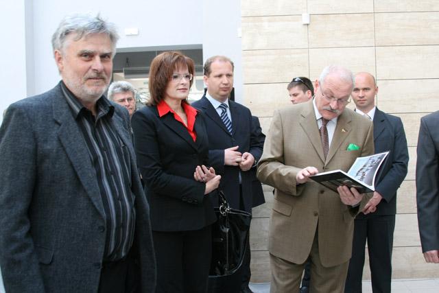 preziden-ivan-gasparovic-v-cadci-2009-46.jpg