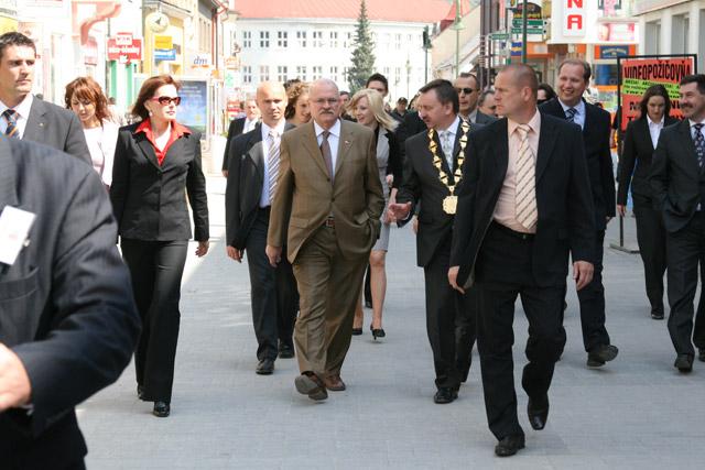 preziden-ivan-gasparovic-v-cadci-2009-64.jpg